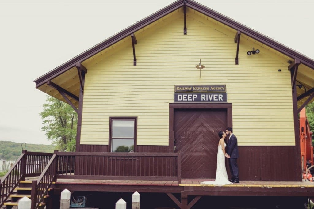 Deep River, a town to have a Connecticut wedding