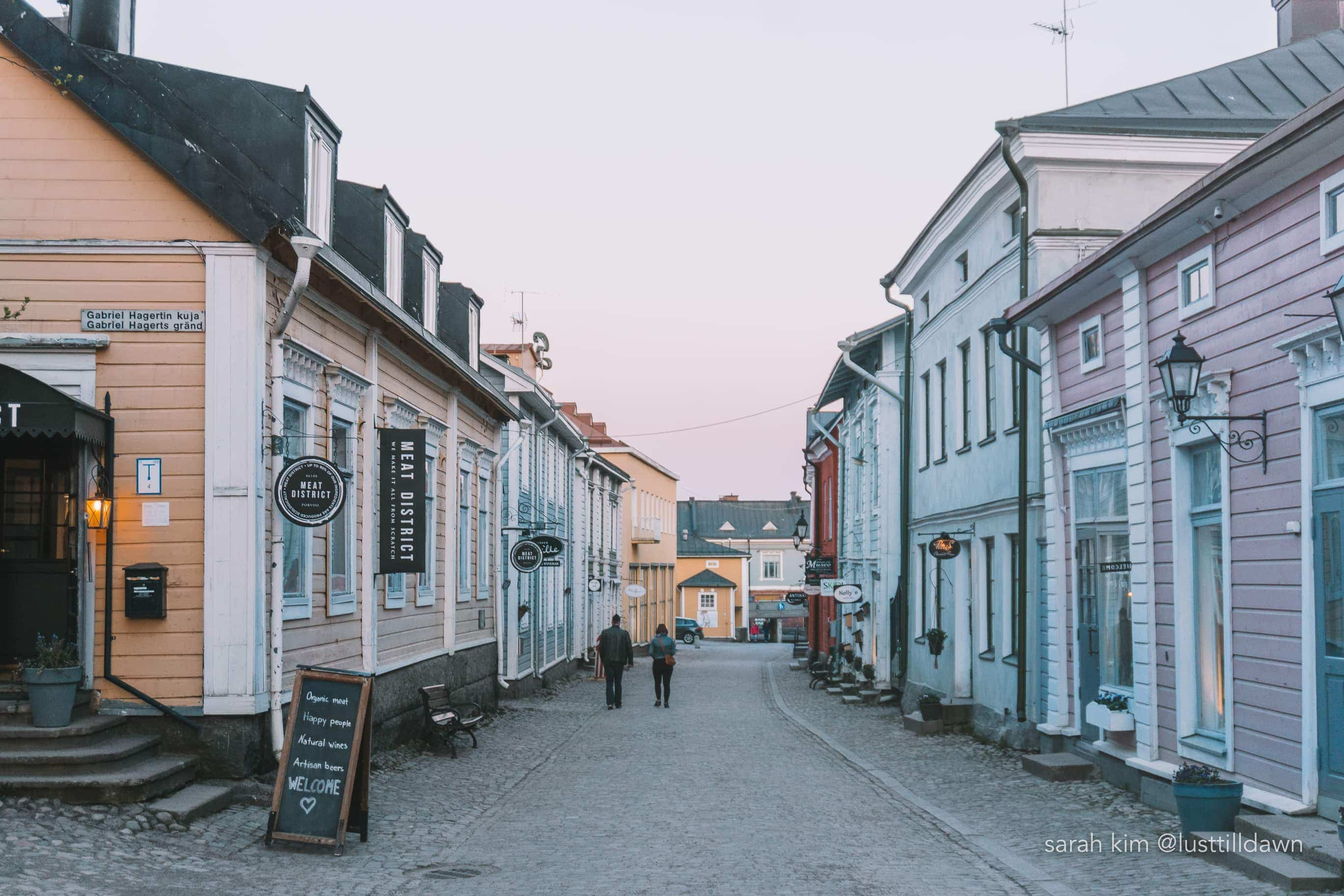 porvoo medieval town colorful buildings instagrammable