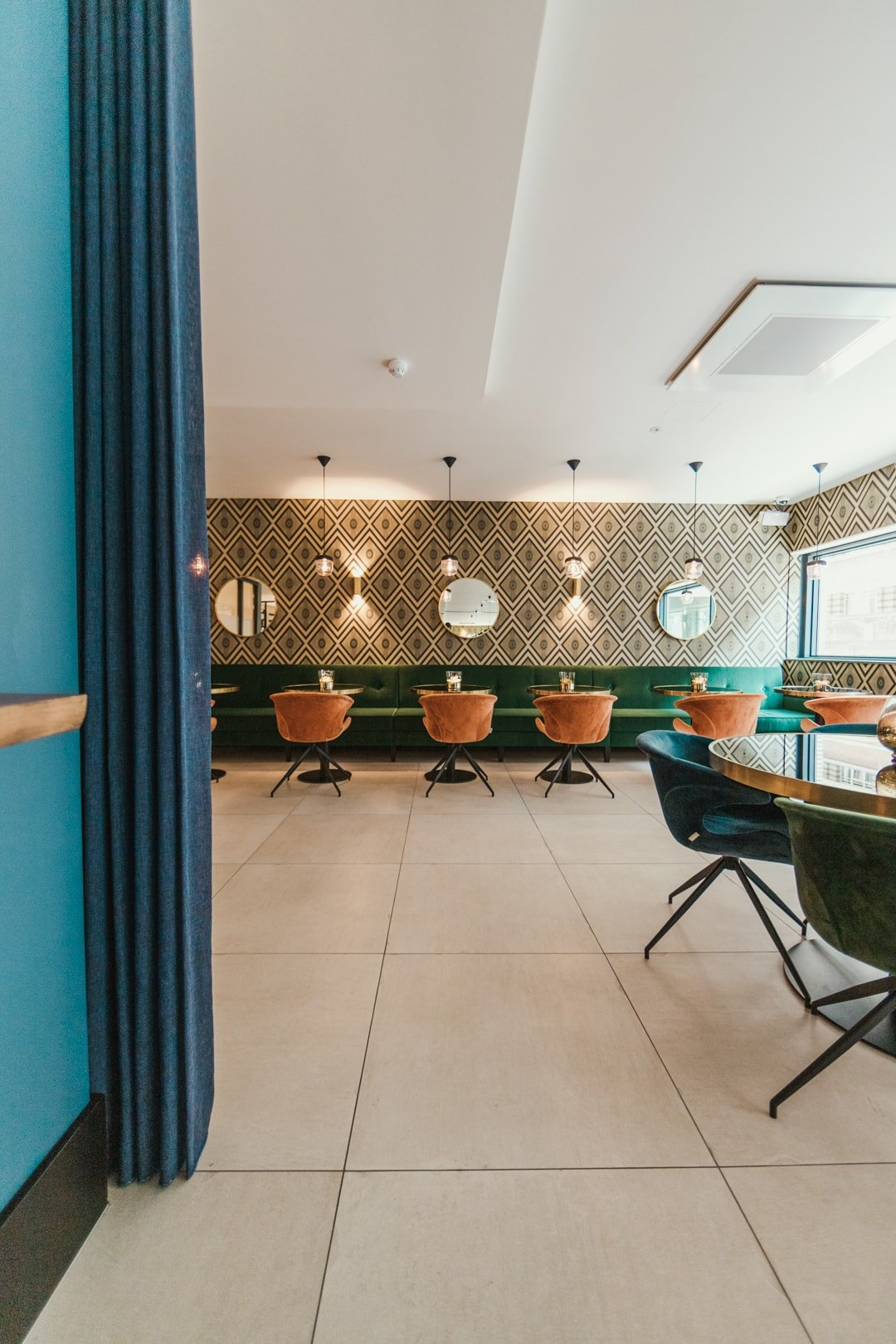 lounge area of the james hotel rotterdam