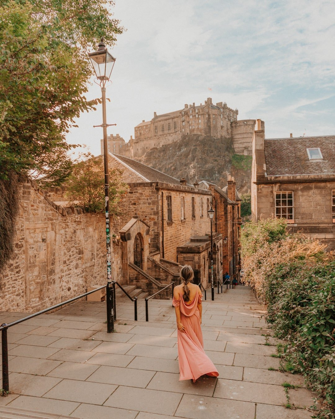 the vennel, one of the most Instagrammable places in Edinburgh