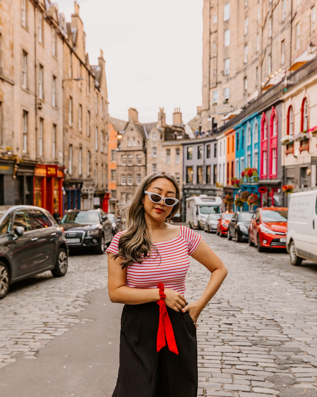 Victoria street, one of the most Instagrammable places in Edinburgh