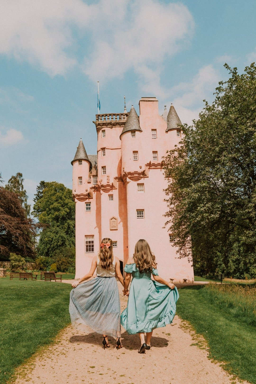 Get to know about some super instagrammable places in my Scotland travel guide